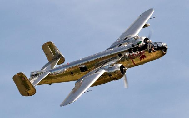 Фото обои небо, бомбардировщик, самолёт, американский, двухмоторный, WW2, цельнометаллический