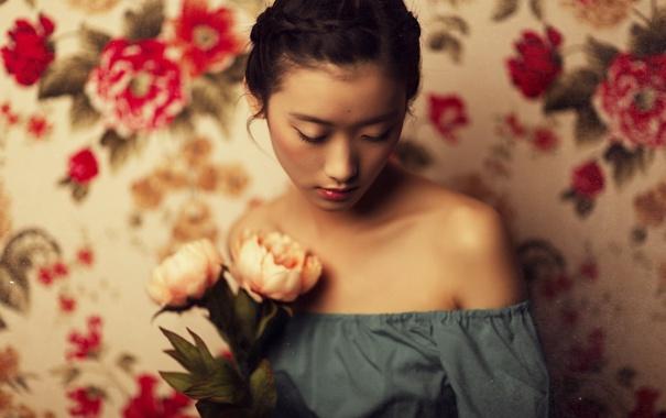 Фото обои девушка, цветы, лицо, фон, настроение