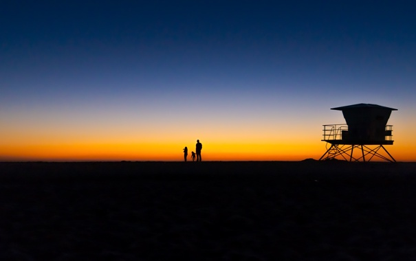 Фото обои пляж, небо, закат, люди, силуэт, спасатель пост