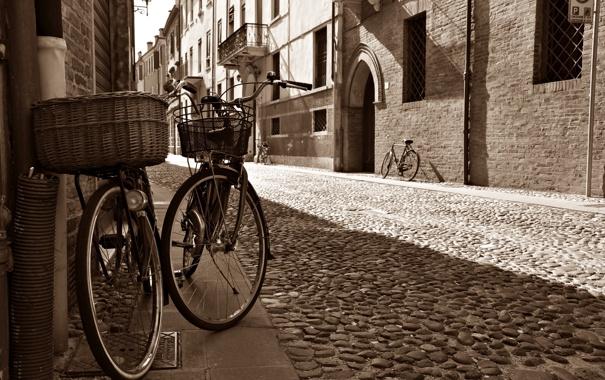 Фото обои дорога, город, улица, здания, дома, брусчатка, Италия