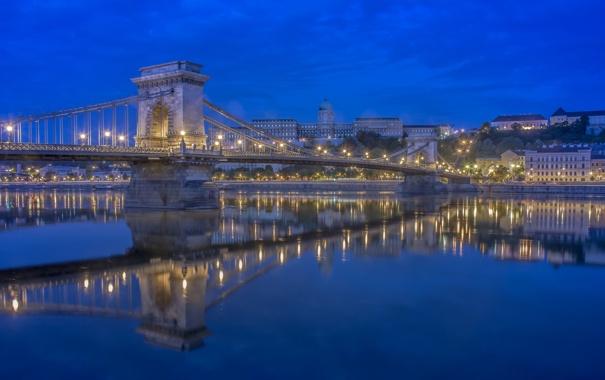 Фото обои мост, огни, река, дома, вечер, опора, Венгрия