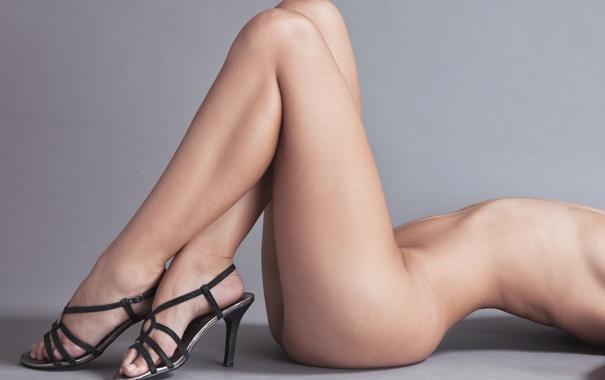 фото раздвинутых женских ног