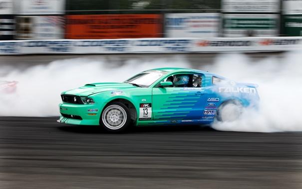Фото обои машина, авто, обои, гонка, дым, скорость, трасса