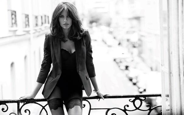 Фото обои модель, балкон, пиджак, Эмануэла де Паула