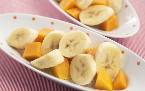 Фото обои бананы, кусочки, фрукты, ломтики, дольки, папайя