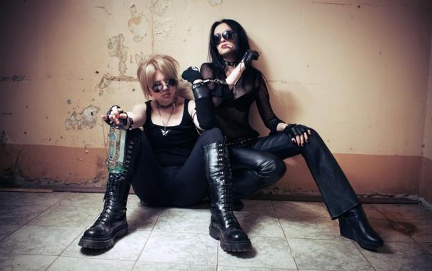 Фото обои девушки, ситуация, ключ, наручники, Igor Ivanov, Reflecting A Human