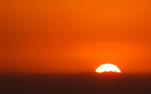 Фото обои закат, облака, оранжевый, небо, солнце