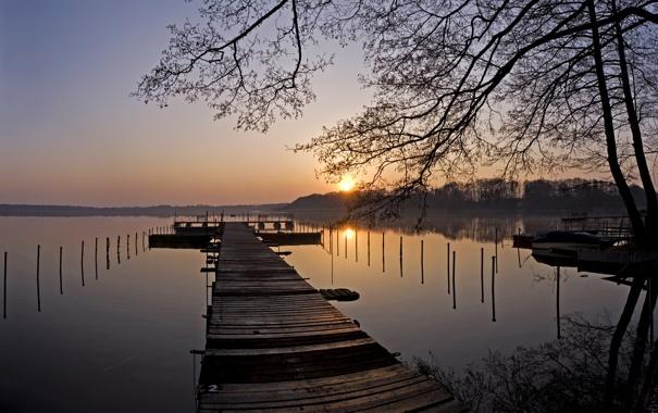 Фото обои вода, деревья, пейзаж, закат, природа, берег, причал