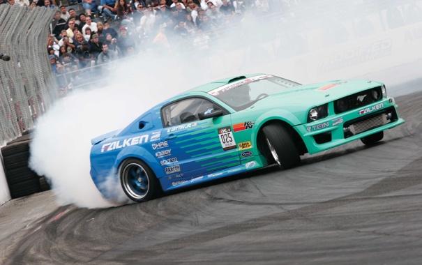 Фото обои зрители, авто обои, formula drift, Ford mustang, дым трасса