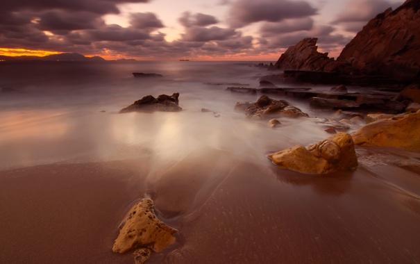 Фото обои пляж, небо, облака, камни