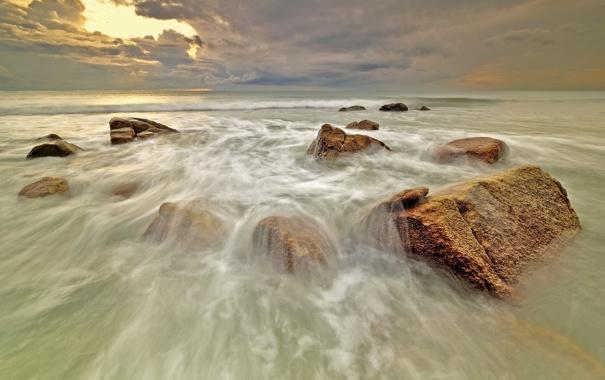 Фото обои море, волны, закат, камни