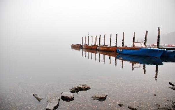 Фото обои туман, озеро, лодки