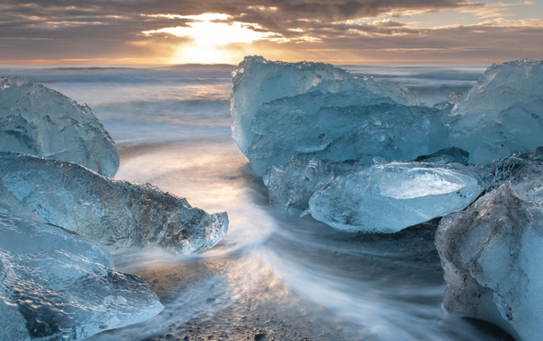 Фото обои рассвет, льдины, лед, холод, тучи, утро, море