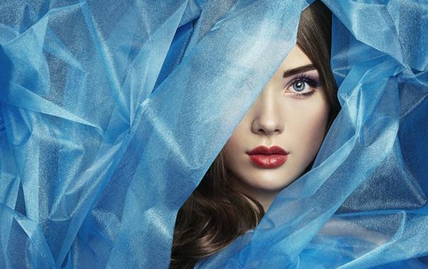 Фото обои девушка, лицо, портрет, текстура, синяя материя