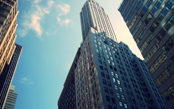 Фото обои небо, облака, окна, здания, небоскребы, Нью Йорк, бетон.