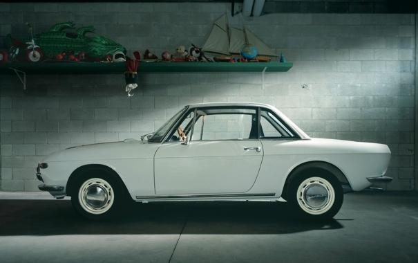Фото обои белый, купе, гараж, вид сбоку, классика, 1965, Coupe