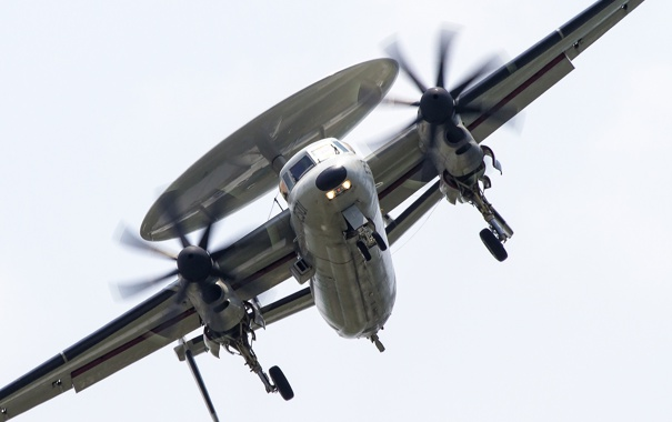 Фото обои самолёт, палубный, Hawkeye, дальнего, обнаружения, радиолокационного, E-2K
