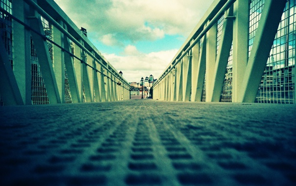 Фото обои дорога, небо, мост, город