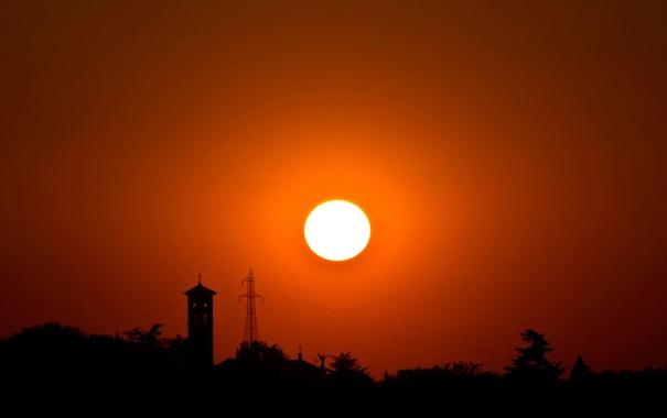 Фото обои небо, солнце, деревья, закат, башня, силуэт, опора