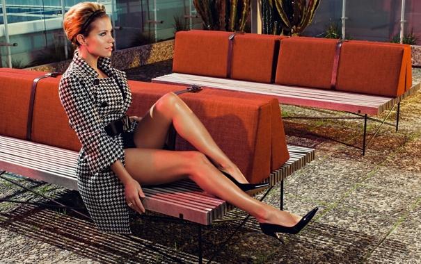 Фото обои рыжая, скамейки, sylvie vaart