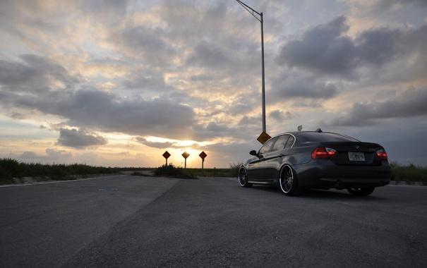 Фото обои дорога, закат, bmw 335i