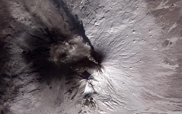 Фото обои вулкан, извержение, из космоса