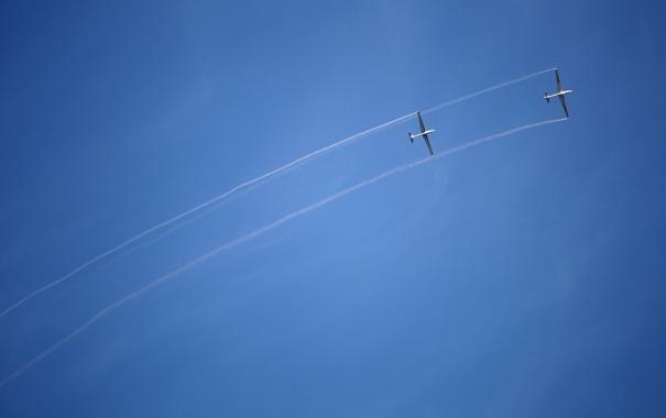 Фото обои sky, smoke, lines, airplanes