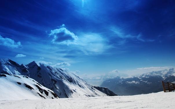 Фото обои зима, небо, солнце, снег, склон, яркое, высокогорье
