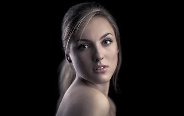Фото обои фон, чёрный, портрет