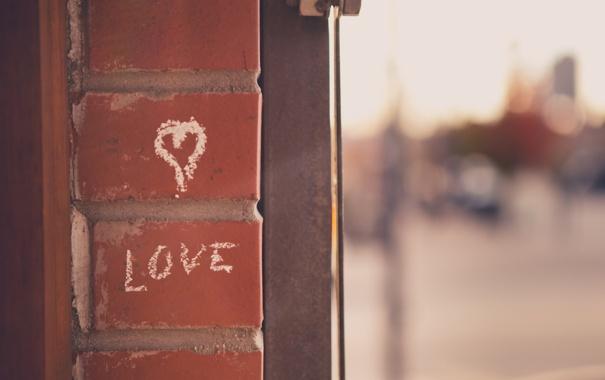 Фото обои стена, надпись, сердце, кирпич, сердечко, мел