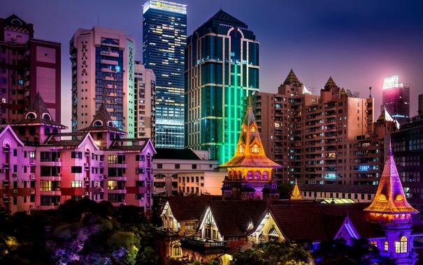 Фото обои деревья, ночь, город, огни, здания, дома, небоскребы