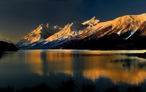 Фото обои снег, пейзаж, горы, река, фон, обои, вершины