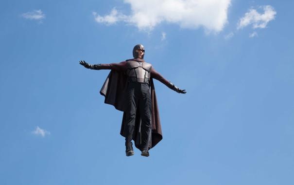 Фото обои небо, полет, фантастика, кадр, костюм, перчатки, шлем