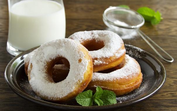 Фото обои сахарная пудра, выпечка, сладость, пончики с ванильным кремом