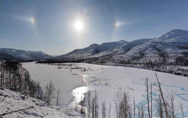 Фото обои солнце, снег, деревья, горы, Чукотка