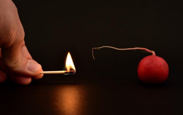 Фото обои фон, огонь, редиска