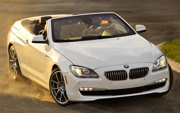 Фото обои белый, bmw, бмв, пыль, поворот, кабриолет, cabrio