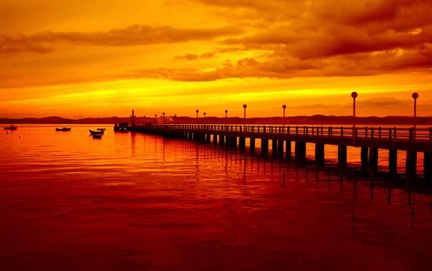 Фото обои Вечер, Море, Закат, Причал, Облака, Пейзаж, Лодки