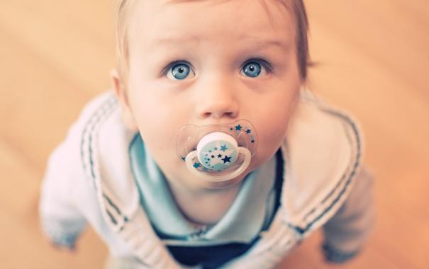 Фото обои взгляд, мальчик, малыш, соска, ребёнок, голубоглазый