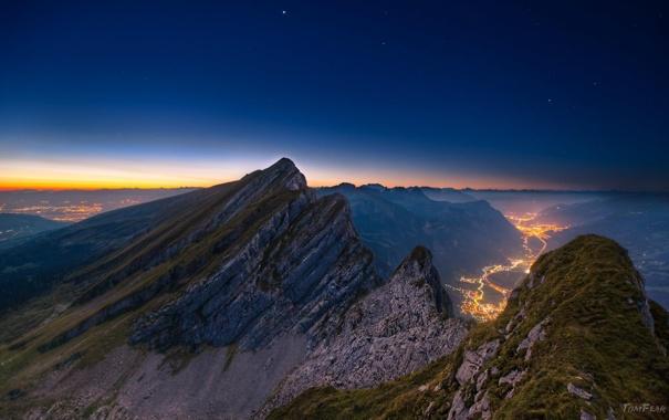 Фото обои горы, огни, рассвет, долина, сумерки, панорамма