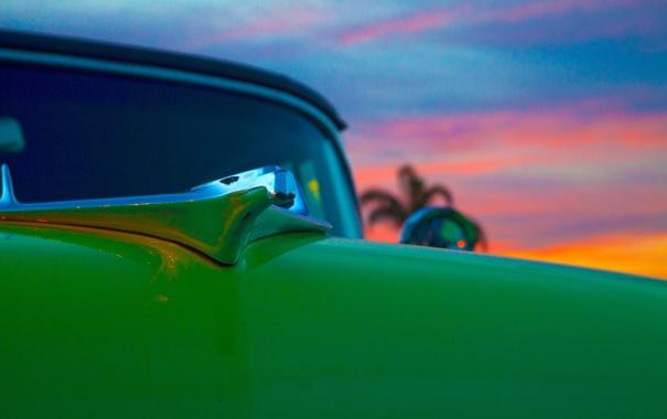 Фото обои машина, небо, облака, закат, капот, автомобиль