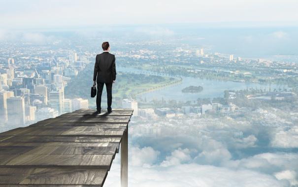 Фото обои город, обрыв, высота, мужчина