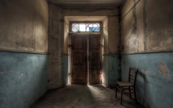 Фото обои комната, дверь, стул