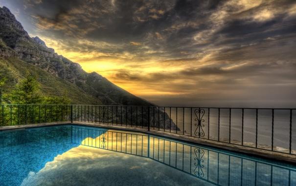Фото обои море, закат, горы, побережье, бассейн