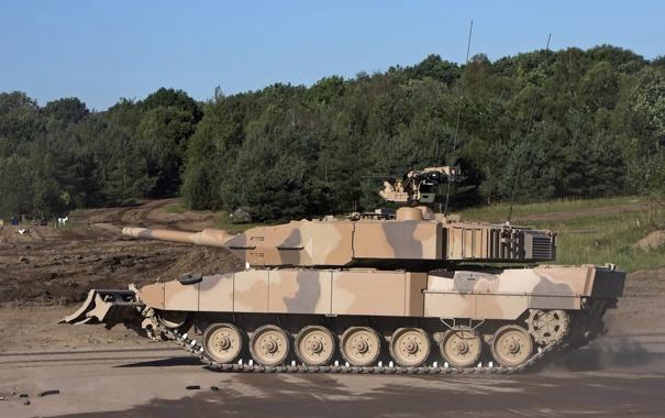 Фото обои лес, танк, боевой, оснащен, «лопатой», с гидроприводом, завалов