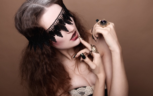 Фото обои fashion, model, pose, nails, fabric