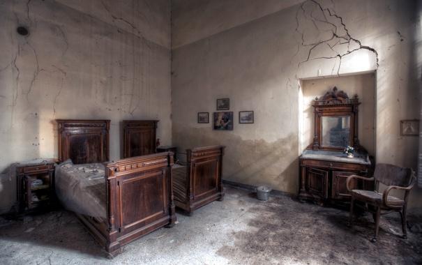 Фото обои комната, зеркало, кровати