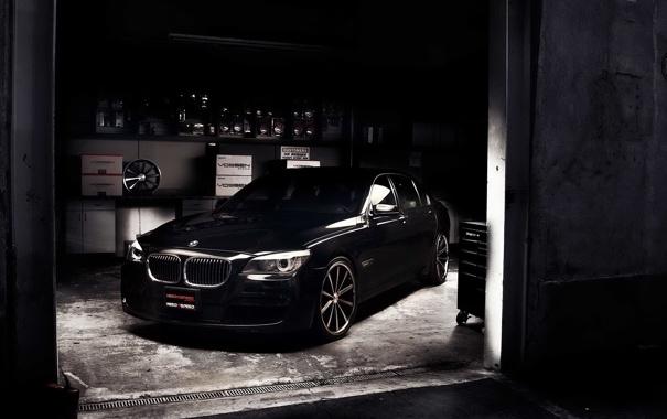 Фото обои черный, bmw, бмв, гараж, бумер, 750Li