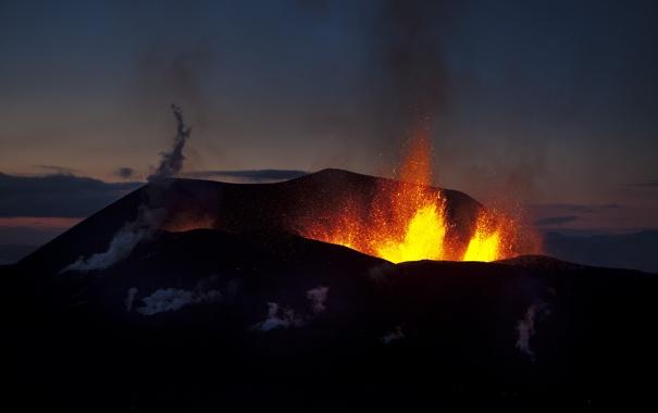 Фото обои ночь, вулкан, извержение