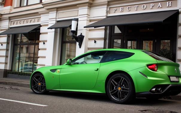 Фото обои зеленый, москва, ресторан, Ferrari, суперкар, мат